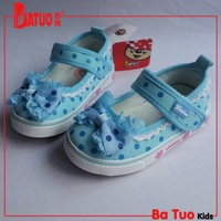 New children baby boys girls  new arrival 2013 slip-resistant outsole soft bow dot canvas  casual  single    shoes