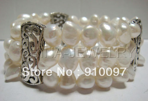 "free shipping >>>Beautiful 8"" 9mm stretchy baroque white pearls bangle(China (Mainland))"