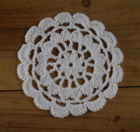 OEM 40pcs /lot 9cm crochet doily, cup mat, round motif doily, wheel, Crochet Applique  flowers boutique handcraft