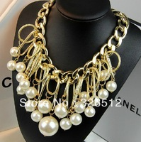 European Style Gold Plated Alloy Link Chain Hoop Big Pearl Tassels Pendant Necklace
