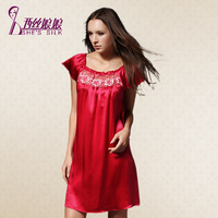 2014 NEW  Elegant Retro exquisite embroidered 100% silk nightgown noble princess dress pajamas 8518