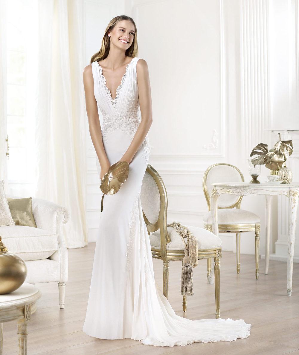 V образный вырез платья свадебные