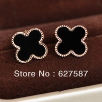 Free shipping small sweet wind rose gold plated titanium steel stud earrings clovers winnings