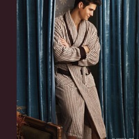 New arrived  MONROE Autumn and winter coral fleece thickening male robe bathrobes z3522 short in size  Free shipping