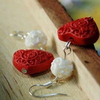 Exquisite peach heart personalized carved lacquer bone earrings fashion elegant popular