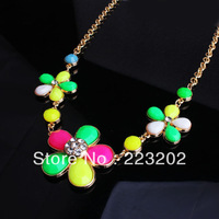 2014New Hot Sell Wholesale Fashion vintage Delicate Jewelry Acrylic Rhinestone Flowers Design Necklace For Women  DIY02
