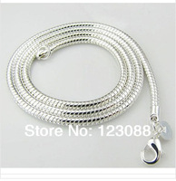 Men Jewelry Fashion Snake Bone Clavicle Chain Necklace Short Chain Statement Necklace