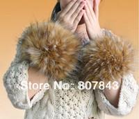 NEW 2014 Luxury Women Faux Raccoon Fur Short Winter Wrist Arm Warmer Cuff Wristband with soft lining
