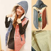 Верхняя одежда Пальто и  от Online Store 226431 для женщины, материал другие искусственная кожа травы артикул 1578096885