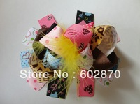 Free shipping 20pcs/lot feather Boutique hair bows Funky hair bows for girls