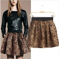 The new spring 2013 fashion in Europe and the joker leopard print elastic waist bust skirt