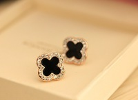 F07006 Concise Lady Alloy Rhinestone Four-Leaf Clover Design Ear Stud Ring Earrings for Women + freeshipping via CPAM
