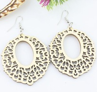 2014 New Women's Fashion Design Hollow-out Exquisite Figure Embellished Earrings Sent From Russia