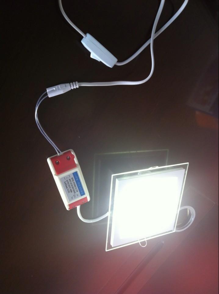 Plus récent livraison gratuite, une lampe ont trois couleurs!! 12w en verre carré de lumière blanche led smd5730 24 pcs, plafond a mené la lumière 20 85-265w pcs