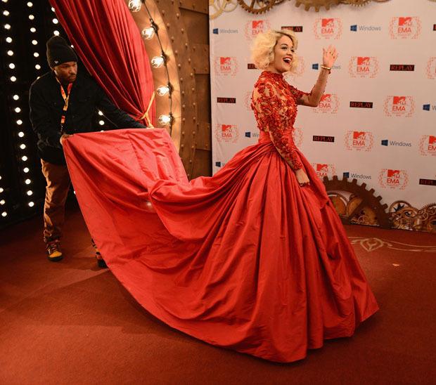Crazy Red Dresses – fashion dresses