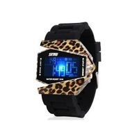 Creative personality camouflage waterproof LED electronic watches for Ms. couple jelly retro male students