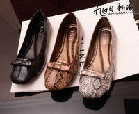 Hot! The new women's flat shoes serpentine fashion casual shoes
