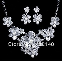 Free Shipping!! Fashion Korean Bridal  jewelry set  wedding accessories silver plated rhinestone necklace+ earring