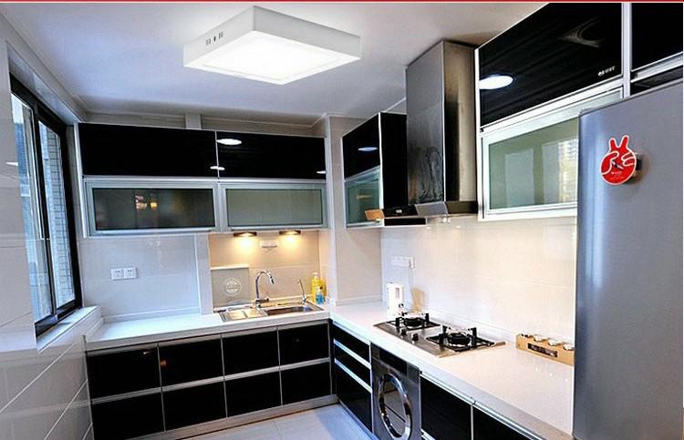 Free shipping 12W LED Surface Ceiling light AC85V-265V Kitchen light Square type Surface mounted SMD2835(China (Mainland))