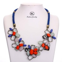 Vintage Women's beautiful elegant necklace New fashion retro metal chain with noble  necklace & pendant for women jewelry