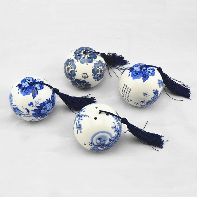 Ceramic car perfume seat blue and white porcelain decoration car perfume bottle car products ceramic vase perfume seat(China (Mainland))