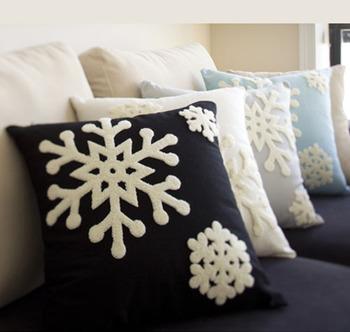 Подушки на диван с вышивкой