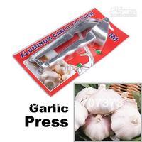 Wholesale - 144 pcs/lot Portable Metal Garlic Press Presser Crusher Slicer Gadgets Home Kitchen Tool