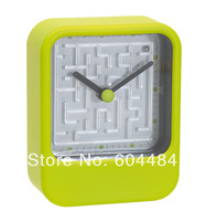 New arrival Plastic quartz desk clock with maze game as festival gift  SL-578003