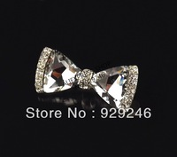 free shipping butterfly-tie shape light grey big crystal glass brooch pin hunging gun plated for coat hats dress accessory
