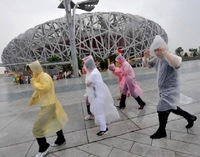 wholesale 100pcs/lot disposable single person rainwear raincoat PE material