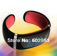 free ship Bluetooth smart watchs  bracelet  for iphone 5 for android and galaxy mobilephone partner  accessories