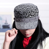 Korean version of the new winter influx of women lace rhinestone star rivets flat cap baseball hat wholesale