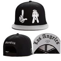 2014 new fashion hands adjustable baseball snapback hats and caps for men/women black/grey sports hip hop sun cap good quality