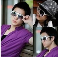 2013 New Men Stylish Retro Hot Sale Big Frame Color Sunglasses White sent from russia HD11070630-1