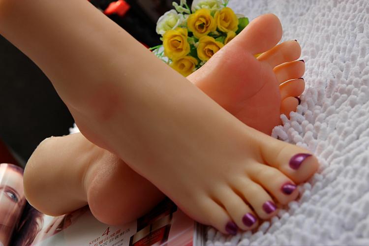 Realistic japanese sex dolls feet