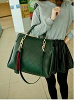 free shipping 2014 plaid casual fashion tassel decoration vintage women one shoulder handbag female bags leather chain tote bag
