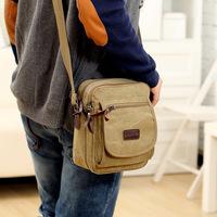 Retro shoulder bag Messenger bag