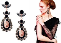 Wholesale shining black acrylic stone flower elegant water drop long clip earrings for party gift