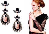 Wholesale shining black acrylic stone flower elegant water drop long clip earrings for party gift