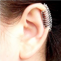 HOT !The New Arrival Punk  Skull Vertebrae Ear Bones No Ears Pierced Ear Earrings