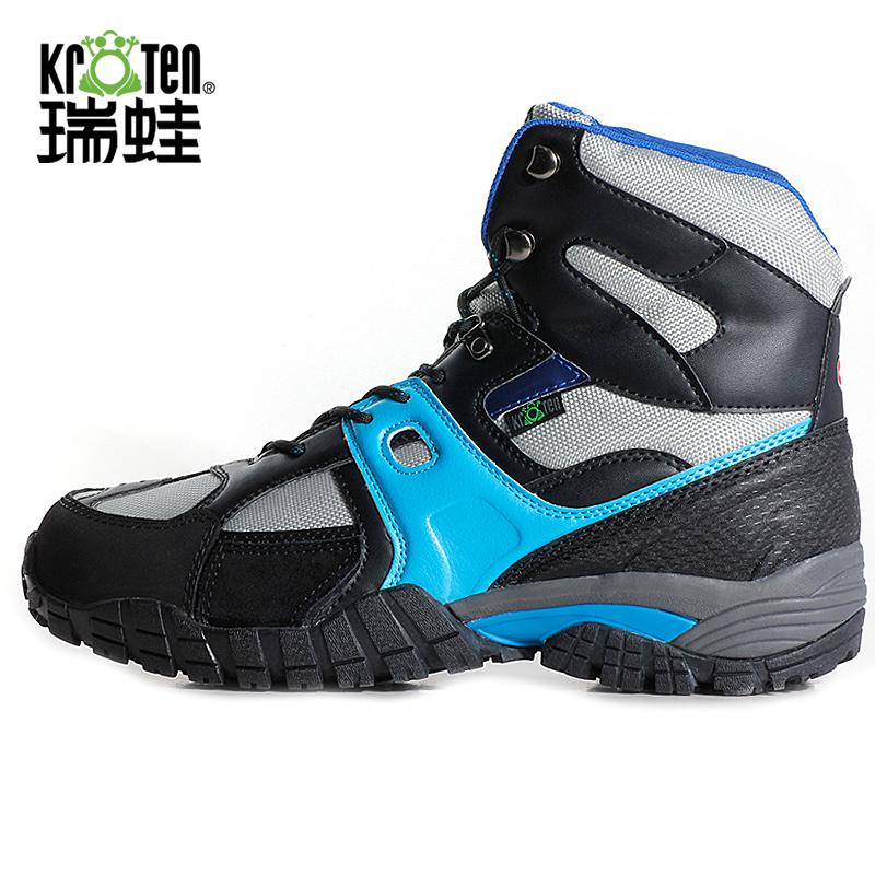 2014 antidérapantes hommes chaussures de randonnée d'hiver en plein air étanche , plus la taille thermique chaussures de marche Euro taille 38--46(China (Mainland))