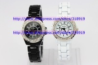 100pcs/lot luxury metal watch geneva lovers quartz wristwatch diamond fashion woman rhinestone watches 4 colors