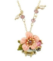 2014 Free shipping les nerei*es Luxury Jewelry pink flower Statement pedant Necklace costume party Queen