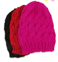 (Min order is $10) cool autumn winter thermal pineapple hat knitted warm female hats head cover cheap
