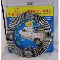Free Shipping car self-adhesive soft round arc / arc scuff car wheel / wheel eyebrow decorative light strip 2.2CMX5M