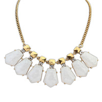 Fashion elegant gem necklace