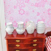 MINI CLUB- MINI CLUB- Doll house mini furniture model black and white antique ceramic bottle 30025