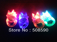Free shpping 600pcs/lot 3*3*4cm led soft gum ring led finger ring led finger lihgt with crown for party