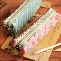 Small fresh elegant brief polka dot canvas pencil case pencil box