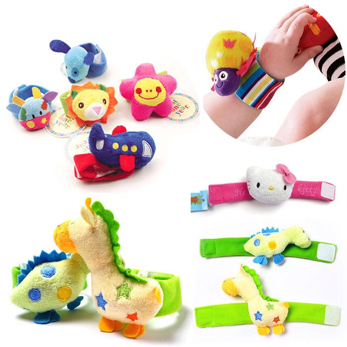 Lovely Baby mão chocalhos 50 pçs/lote de alto contraste Wrist chocalhos criança infantil brinquedos de pelúcia projeto animal brinquedos do bebê misture muitos design(China (Mainland))